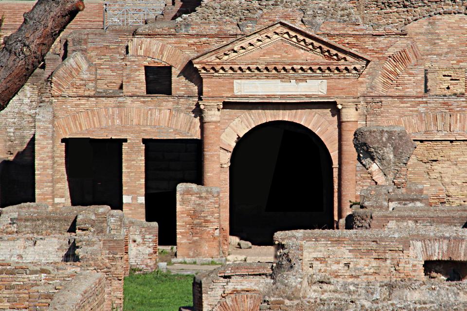 Horrea Epagathiana et Epaphroditiana a Ostia Antica