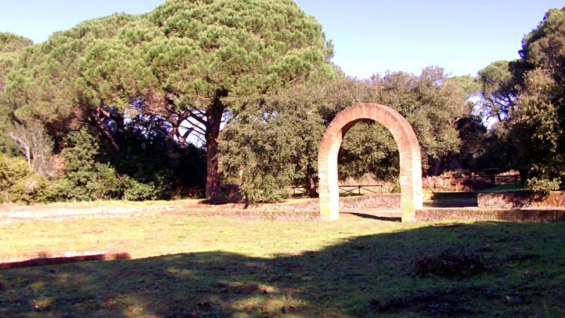 L'arco della Villa di Plinio il giovane a Castel Fusano