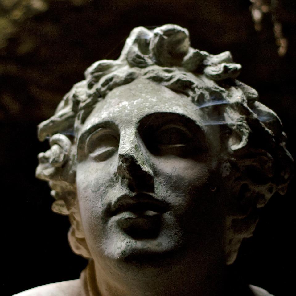 Testa della statua del Mitra a Ostia antica